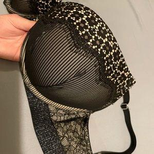 Victoria's Secret bombshell add 2 cups plunge bra